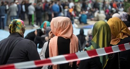 pRecent remarks by Austria's newly appointed Education Minister Heinz Fassmann against the headscarf have raised concerns for Muslims living in the country./p  pFassmann's interview published in...