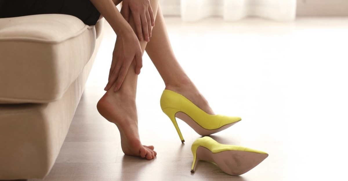 The first way to protect from sesamoid problems is to choose the proper shoes.