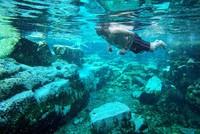 تعتبر منطقة باموق قلعة، في ولاية دنيزلي جنوب غربي تركيا، مركزاً سياحيًا وعلاجيًا معًا، بفضل المناظر الطبيعية الخلابة فيها وحوض المياه الساخنة في مدينة