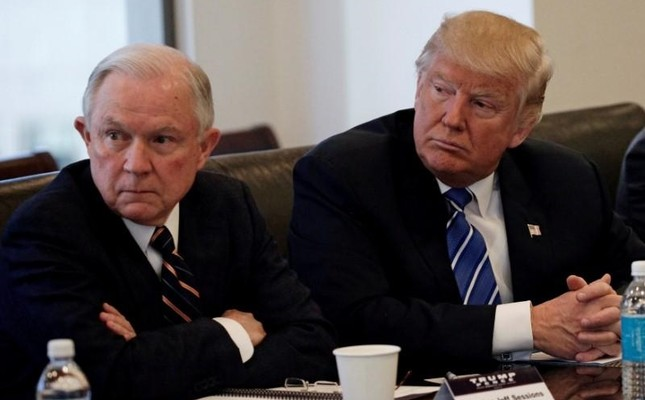 Donald Trump sits with Jeff Sessions at Trump Tower in Manhattan, New York, U.S. on October 7, 2016. (Reuters Photo)