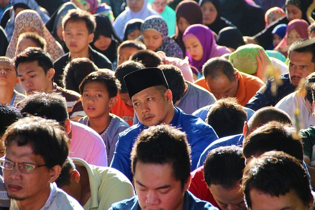 Mindanao Island: Muslim Filipino community's heavenly home