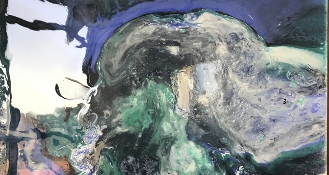 Resin's 'dance with colors' on display