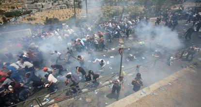 pBei Konfrontationen mit israelischen Sicherheitskräften nach dem Freitagsgebet auf dem Tempelberg in Jerusalem wurden mindestens drei Palästinenser getötet, während mindestens 20 verletzt...