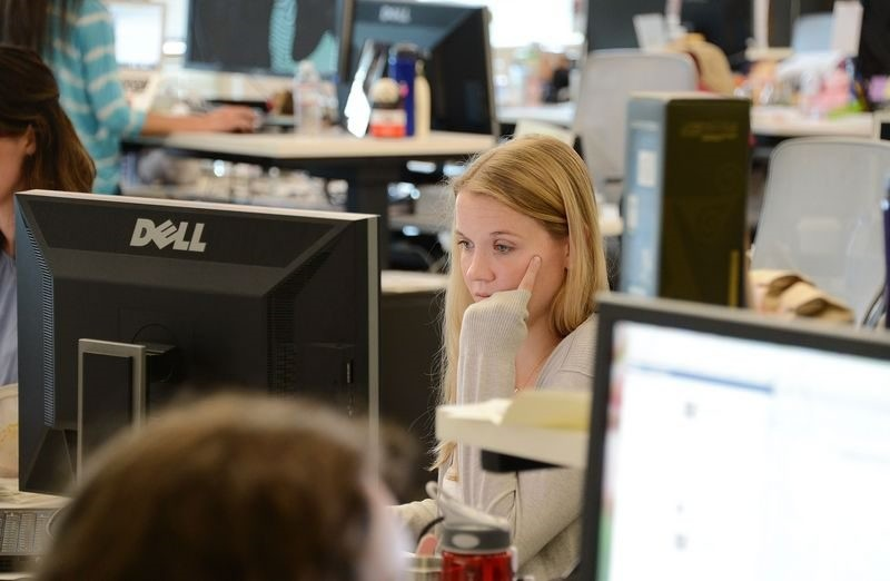 Employees working at the Facebook main campus in Menlo Park, California. (AFP Photo)