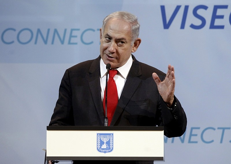 Israeli Prime Minister Benjamin Netanyahu informs the press about his meeting with V4 - Visegrads countries prime ministers in Budapest, Hungary, on July 19, 2017. (AFP Photo)
