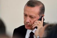 Präsident Recep Tayyip Erdoğan führte am Freitag Telefongespräche mit dem französischen Präsidenten Emmanuel Macron und dem Emir von Katar Scheich Tamim Bin Hamad Al-Thani über die kürzlich...