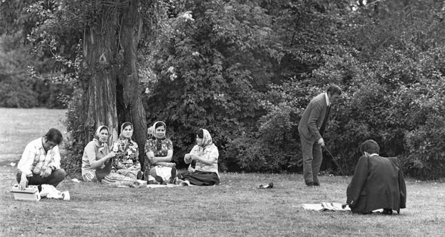 Volksgarten Köln II, 1974, Candida Höfer.