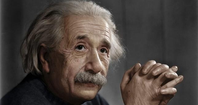هل كان الفيزيائي الشهير أينشتاين عنصرياً تجاه الصينيين؟