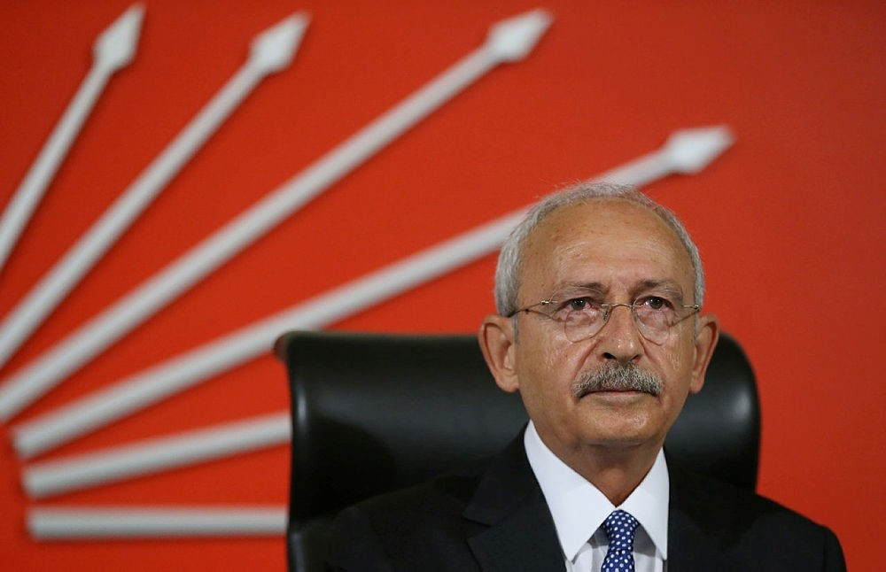 Main opposition Republican People's Party (CHP) leader Kemal Ku0131lu0131u00e7darou011flu attents a meeting at the partyu2019s headquarters in Ankara, Turkey. (AA Photo)