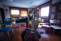 14-year-old Turkish girl wins Prague cello competition