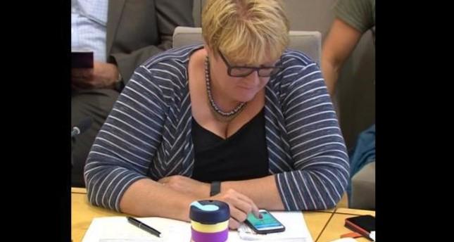 انتقادات تلاحق سياسية نرويجية لانشغالها بلعبة بوكيمون جو عن جلسة البرلمان