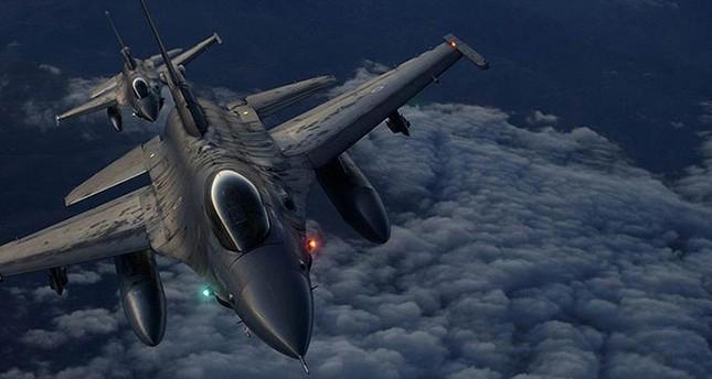 مقاتلات تركية تدمر أهدافًا لإرهابي بي كا كا جنوب شرقي البلاد