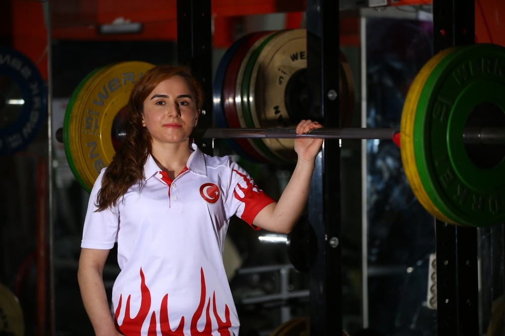 Du00f6ndu00fc Yeu015filyurt has won titles both in weightlifting and judo in only a couple of years after she took up both sports.