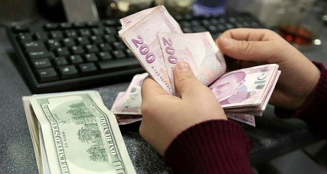 US dollar rises to 3.80 against Turkish lira as tensions remain high
