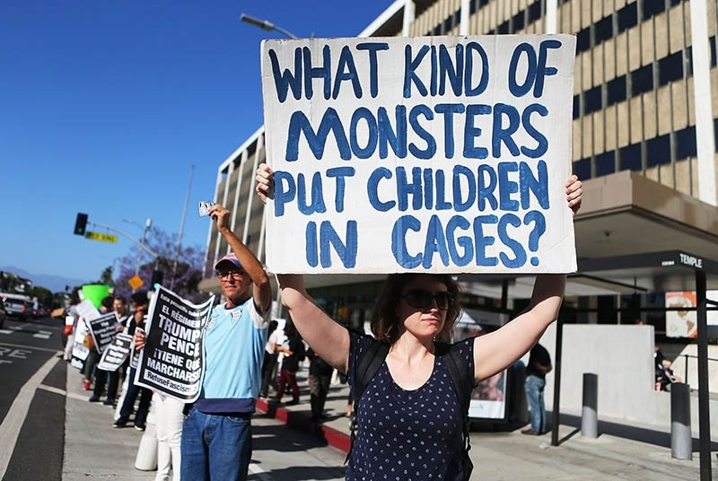 Protestors demonstrate against the separation of migrant children from their families in front of the Federal Building on June 18, 2018 in Los Angeles, California. (Getty Images/AFP)