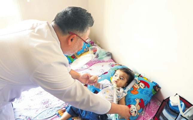 A Turkish doctor visits Mohammad at his family home in Gaziantep.