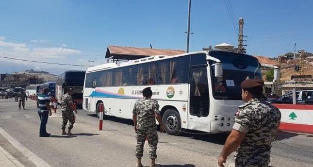 دفعة جديدة من النازحين السوريين في لبنان تعود إلى الأراضي السورية