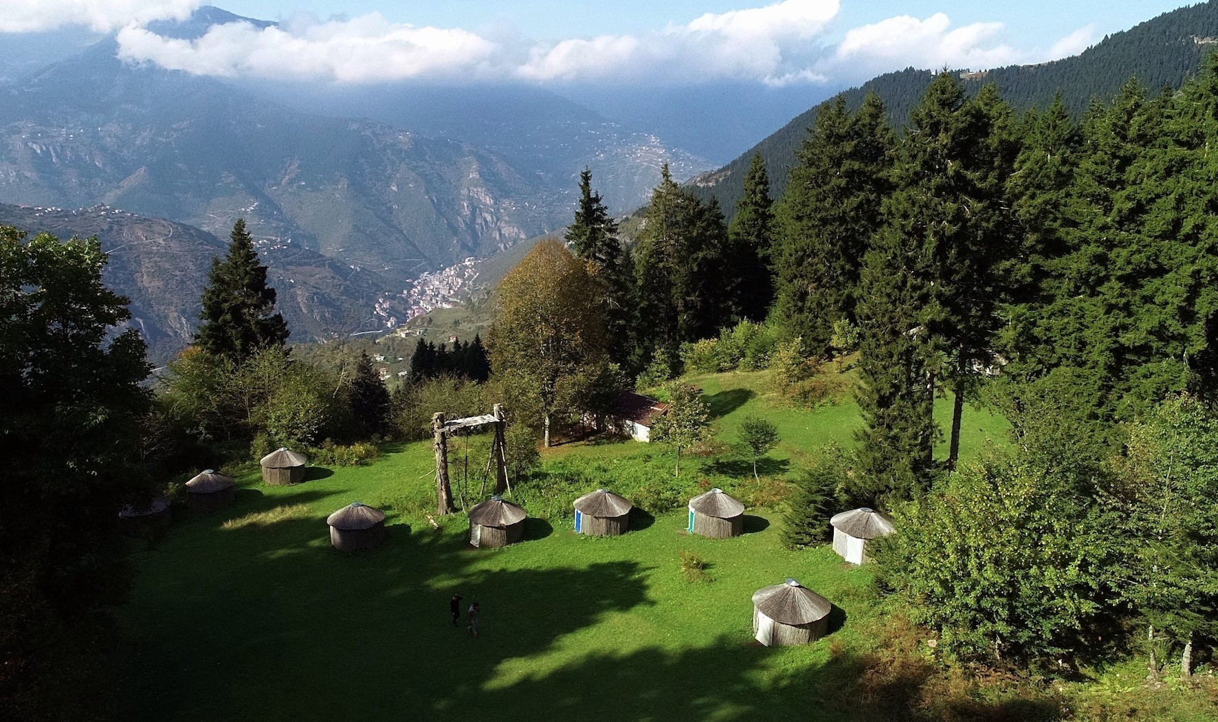 Located in Trabzon, near Mau00e7ka, the nomad tents serve as a passage to the Turksu2019 ancient way of living, as well as a popular spot for ecotourism.