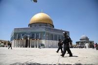 Israeli police detain Palestinian governor of Jerusalem