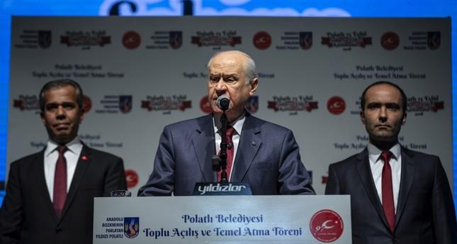 زعيم الحركة القومية التركي يتهم الأسد بتدبير هجوم ريحانلي