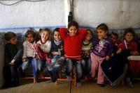 EU finally transfers 400 million euros to contribute to education of Syrian refugees