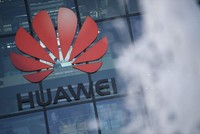 UK to allow limited Huawei role in 5G networks