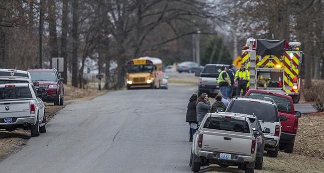 Kentucky school shooting leaves 2 dead, 19 injured