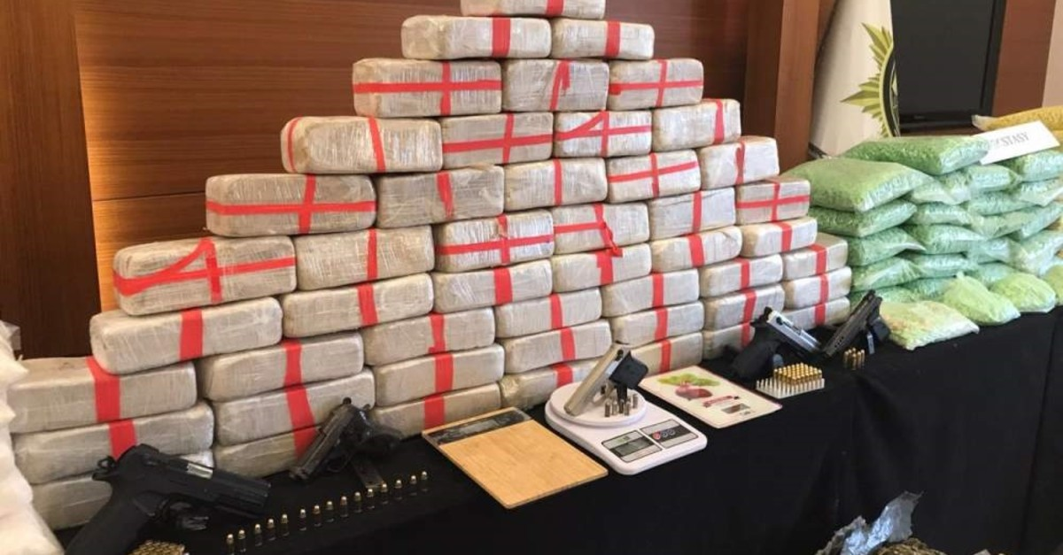 Informants will receive up to TL 500,000 for mass drug busts. (DHA Photo)