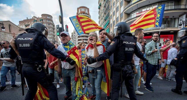 Catalan crisis intensifies with direct rule decision from Madrid