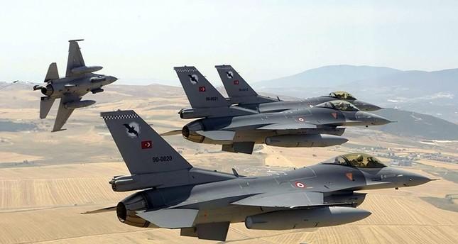 مقاتلات تركية تُدمّر 14 هدفاً لعناصر إرهابية في تركيا وشمالي سوريا