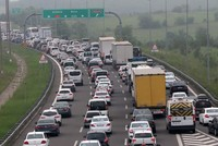 Long hours of traffic for drivers on road for Ramadan Bayram