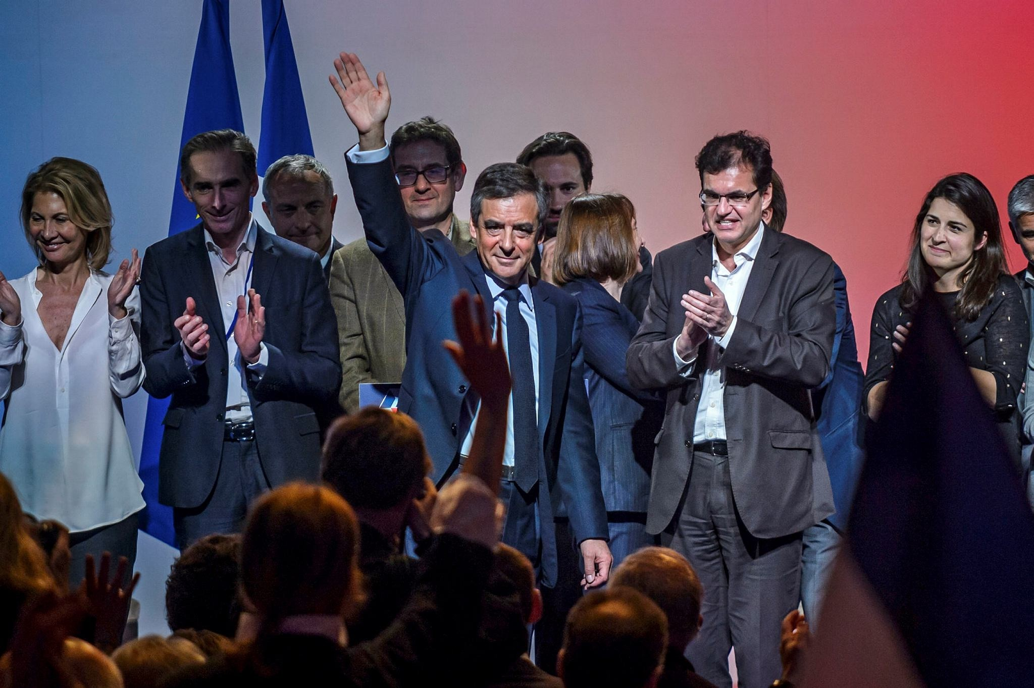Francois Fillon waves after delivering a speech during a campaign event in Aubervilliers, near Paris, France, 04 March 2017. (EPA Photo)