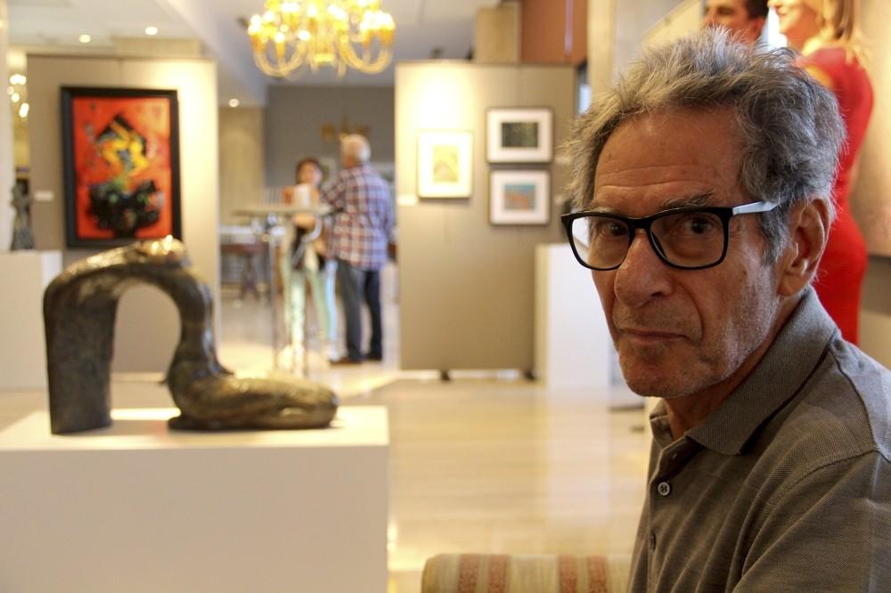 10 sculptures by Fabien Nizan Gu00fcner are showcased in the art fair.