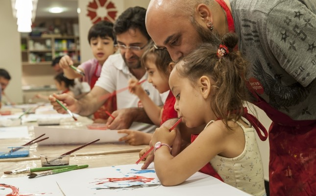 Special workshop for fathers, children at Istanbul's Pera Museum