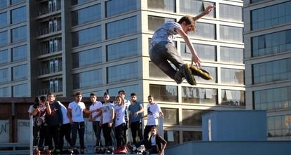 Millennials get into the '90s spirit with roller skates