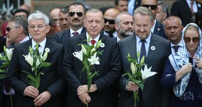 Erdoğan commemorates victims of Srebrenica genocide