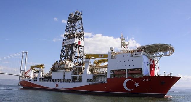أول سفينة تركية محلية الصنع تبحر للتنقيب عن النفط والغاز بالمياه العميقة