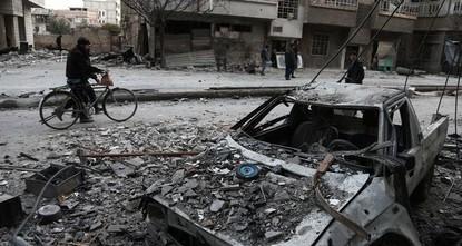 pDie syrische Regime-Armee hat bei ihrer Offensive auf die Rebellen-Hochburg Ost-Ghuta Beobachtern zufolge am Samstag maßgebliche Fortschritte erzielt. Truppen des syrischen Regime-Führers Baschar...