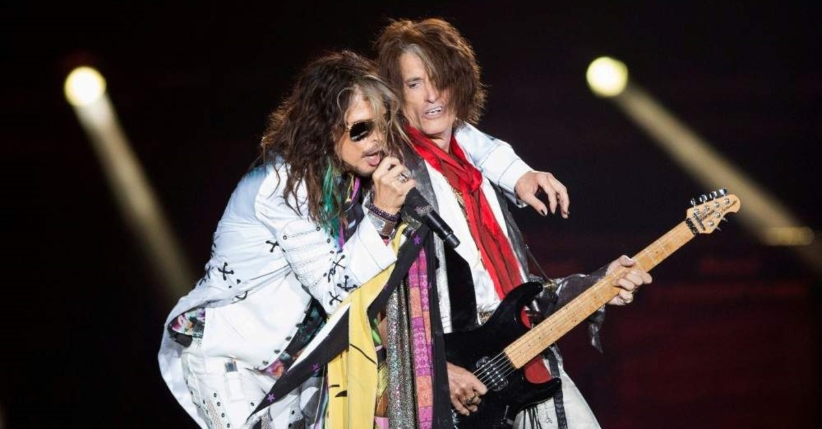 Vocalist Steven Tyler (L) and guitarist Joe Perry of Aerosmith perform during their ,Aerosmith: Let Rock Rule, tour at The Forum in Inglewood, California July 30, 2014. (Reuters File Photo)