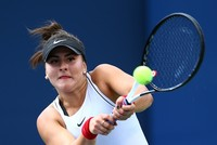Teenage tennis player becomes first Canadian in 5 decades to make finals