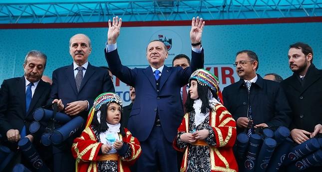 أردوغان: بي كا كا لا يمثل الأكراد و80 مليون تركي هم أمة واحدة