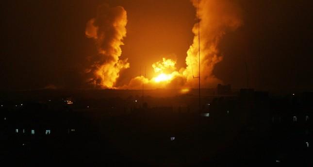 سقوط عدد من الجرحى بعد تفيذ غارات جوية إسرائيلية على قطاع غزة
