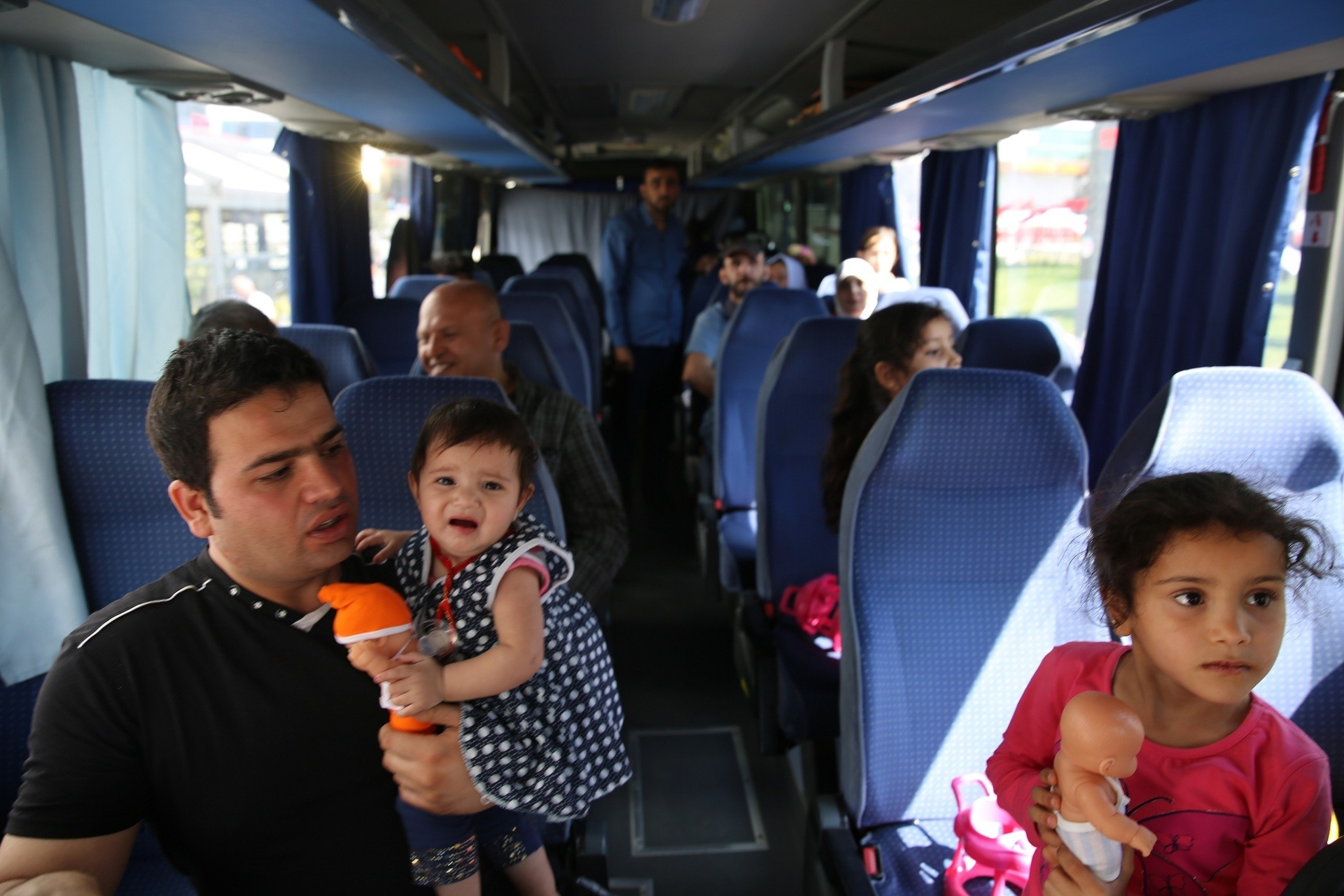 Syrians aboard a bus in Esenyurt traveling to the u00d6ncu00fcpu0131nar border crossing.