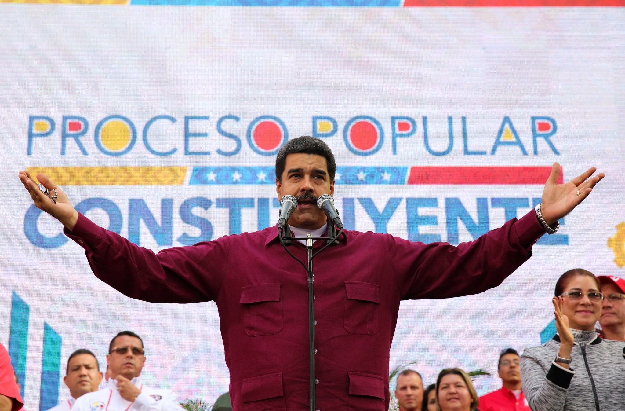 Venezuela's President Nicolas Maduro speaks, during a meeting with supporters at Miraflores Palace in Caracas, Venezuela May 19, 2017. (REUTERS Photo)