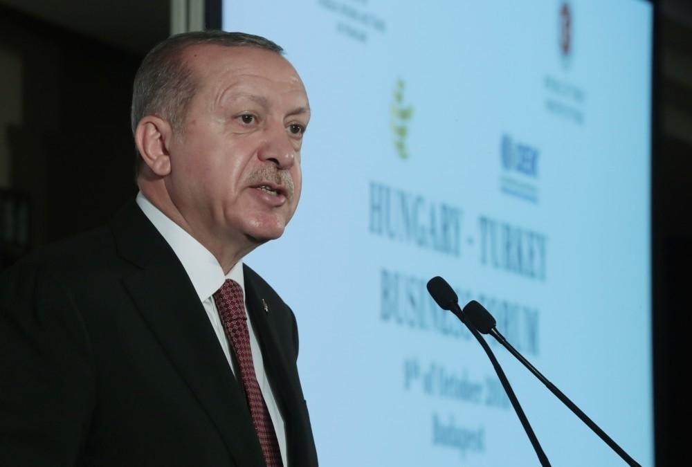 President Recep Tayyip Erdou011fan speaks at the Turkey-Hungary Business Forum in Budapest, Oct. 9.