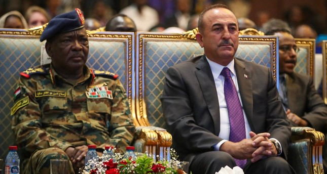 تركيا تؤكد مواصلة دعمها السودان حكومة وشعباً