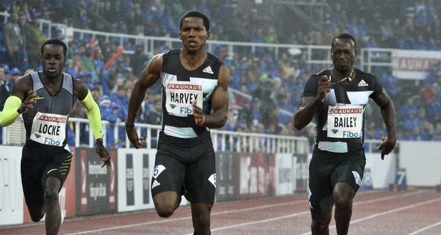 Dentarius Locke of the US (L-R), Jak Ali Harvey of Turkey and Daniel Bailey of Antigua compete in the men's 100m during the Bauhaus Gala, part of the 2016 IAAF Diamond League athletics meeting in Stockholm, 16 June 2016. (EPA Photo)