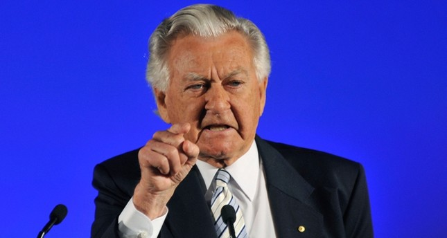 In this Aug. 16, 2010, file photo, former Prime Minister Bob Hawke speaks at the Australian Labor Party's election campaign launch in Brisbane. Alan Porritt/Pool Photo via AP, File