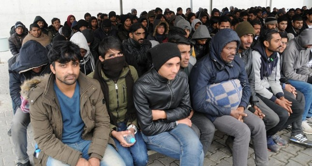Greece pushes back migrants to Turkey: HRW