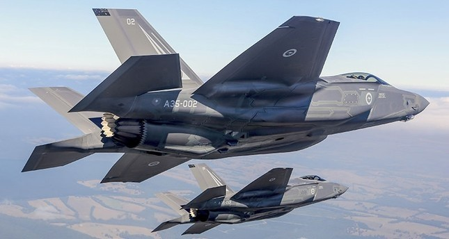 Turkey to receive two F-35 warplanes by March 2019, official says